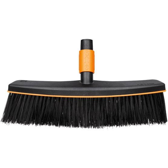 QuikFit™ Patio Broom